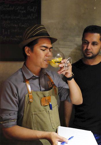 Locker and Loft DIY Cocktail Shake n Take Taste Test