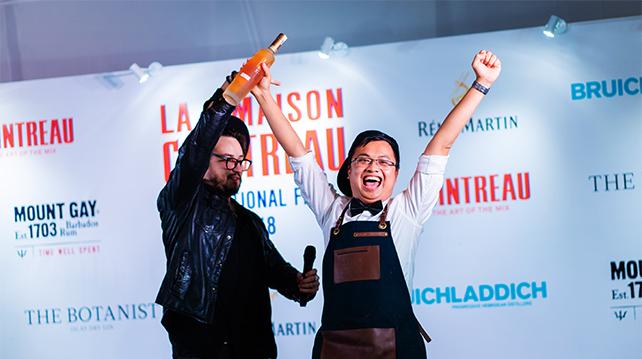 Bartenders Handshake Award Hua Phu Tan Vietnam