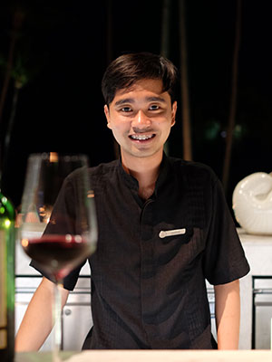 24-year-old Sommelier Aun