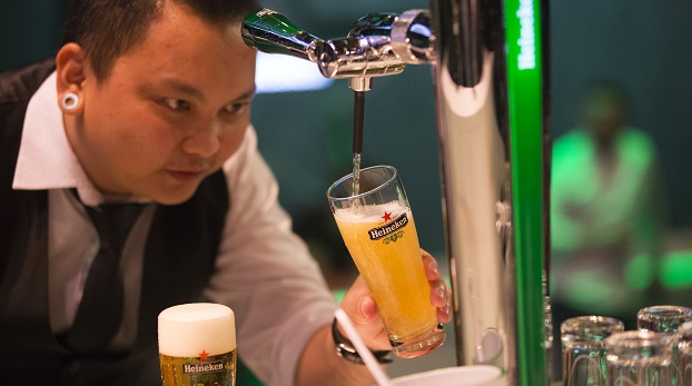 Malaysian crowned the World's Best Bartender in Amsterdam