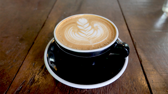 The history of milk coffee and how it helps your diet
