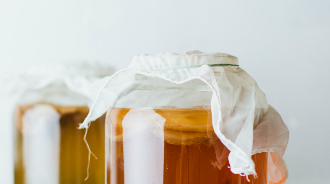 Kombucha - spilling (on) the new tea in town