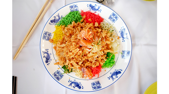 3 ways to pair yee sang that you want to try this Chinese New Year
