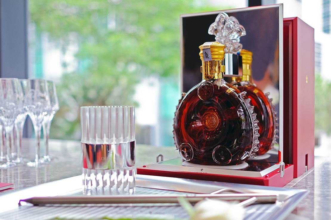 This is how to enter the Louis XIII society