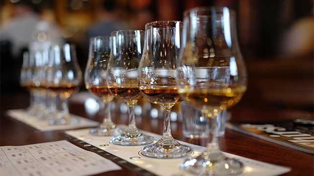 Peaty Whisky - A Tradition in Scotch Worth Sampling