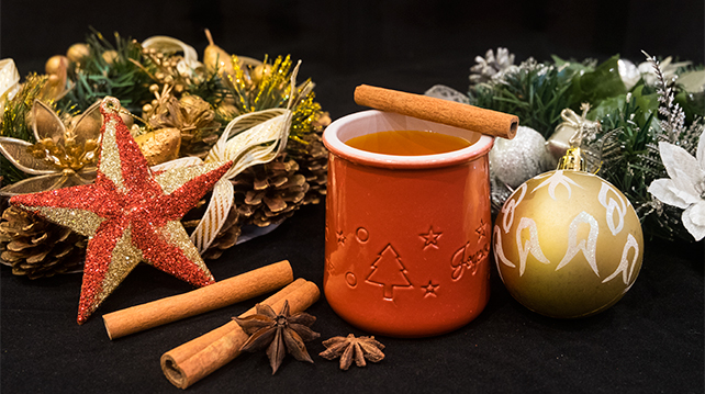Christmas drinks that bring the holiday mood