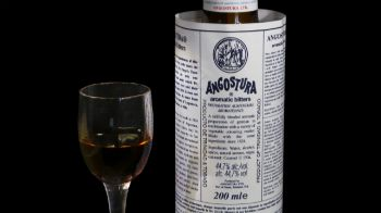 Angostura-bitters.jpg