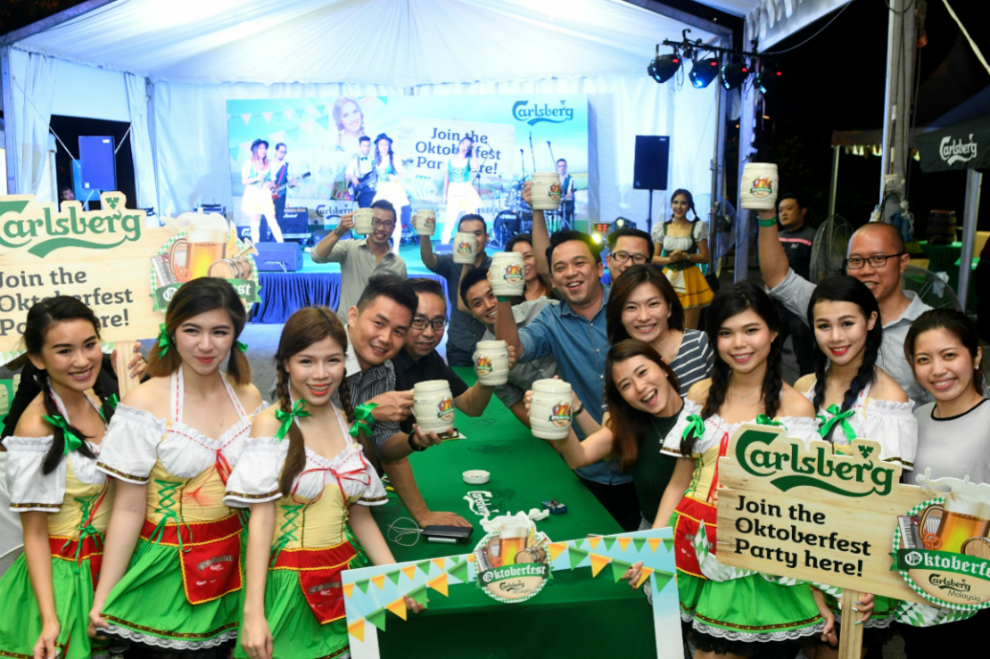 Resorts World Genting celebrates Oktoberfest at Starlight Carnival