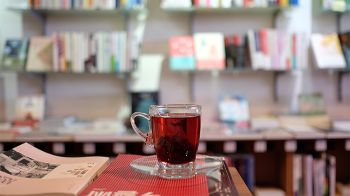 Cafes-with-books-n-arts.jpg